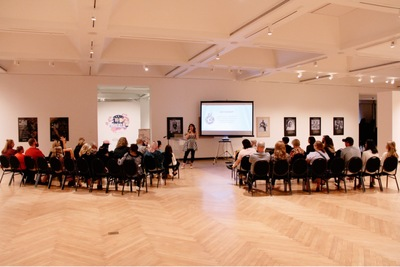 Gallery Talk by Christybomb at the Juliet Art Museum!